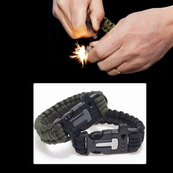 2016-4-in-1-Flint-Fire-Starter-Whistle-Outdoor-Camping-Survival-Gear-Buckle-Travel-Kit-Paracord-5.jpg